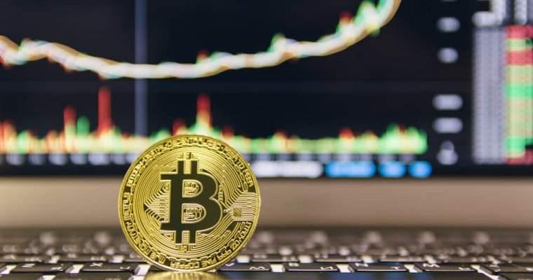 Queda repentina desvaloriza em 50% preço de bitcoins — Bitcoins
