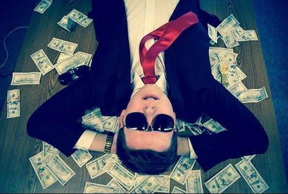 """""""Bitcoin está morto"""", diz adolescente famoso que investiu aos 12 anos e ficou milionário"""