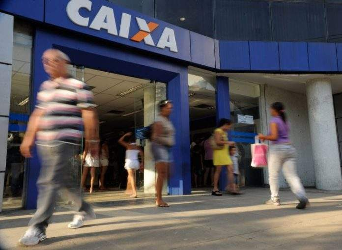 Tarifas de Bradesco, Itaú, Caixa Econômica e Banco do Brasil crescem quase o dobro da inflação