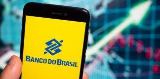Banco do Brasil, Caixa Econômica e outros bancos vão convidar 11 mil funcionários a se demitir