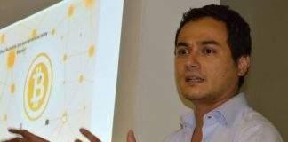 Safiri Felix, apresentador do Infomoney e ex-Consensys, é contratado pela Atlas
