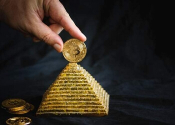 Pirâmide com bitcoin que atuava no interior de SP deixa investidores com prejuízo de R$ 150 mil