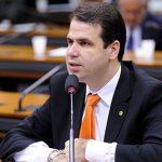 """""""Quatro milhões de brasileiros já caíram em pirâmides"""", diz deputado que quer criar CPI de criptomoedas"""