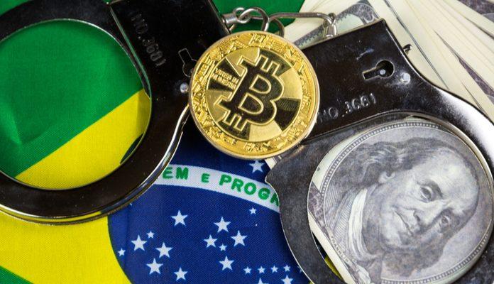 Policiais são presos após acusação de cobrar dívida de R$ 4 milhões em Bitcoin de empresário de Santos