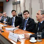 """""""Regulação de criptomoedas deve igual a dos bancos"""", diz Febraban no Senado"""
