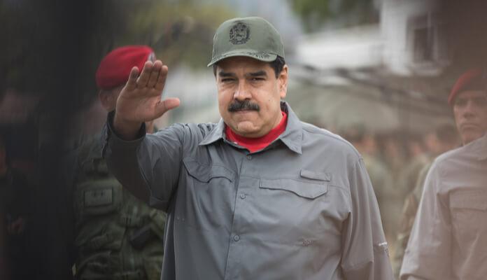 Venezuela retira proibição de Hugo Chávez e libera cassino para uso da criptomoeda Petro