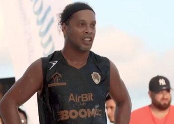 Ronaldinho e Enzo Fittipaldi promoveram empresa de brasileiro preso pelos EUA