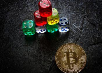 bitcoin, pirâmide